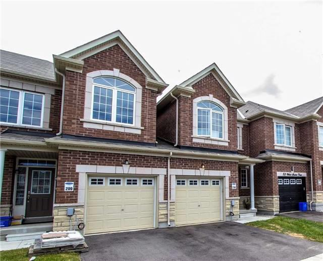 Townhouse at 85 Walter Sinclair Crt, Richmond Hill, Ontario. Image 5