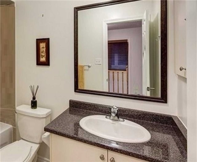 Townhouse at 85 Walter Sinclair Crt, Richmond Hill, Ontario. Image 3