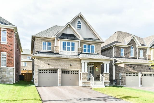 Detached at 64 Manor Forest Rd, East Gwillimbury, Ontario. Image 1