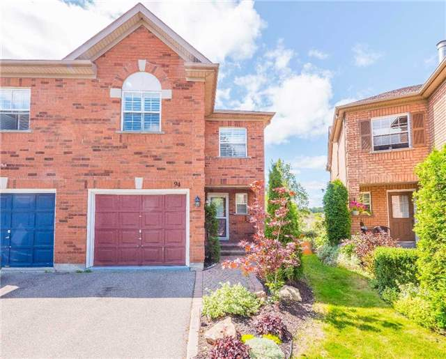 Townhouse at 94 Milloy Pl, Aurora, Ontario. Image 1