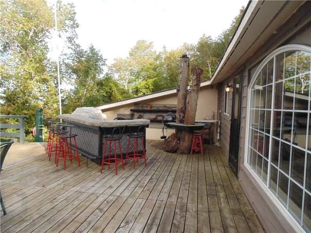 Cottage at 1679 Chief Joseph Snake Rd, Georgina Islands, Ontario. Image 12