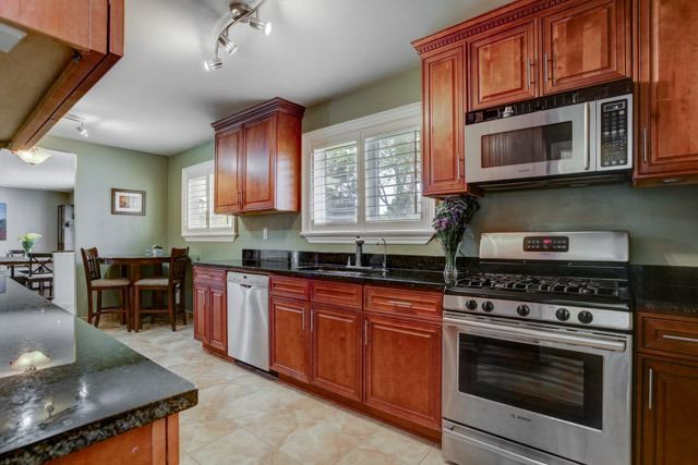 Detached at 67 May Ave, East Gwillimbury, Ontario. Image 18