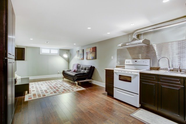 Detached at 67 May Ave, East Gwillimbury, Ontario. Image 6