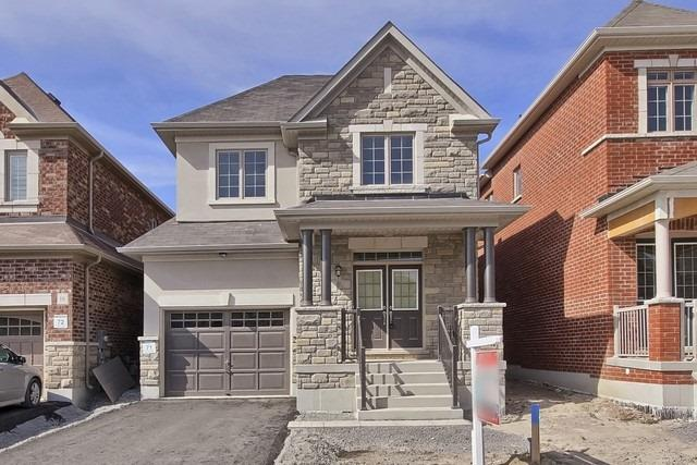 Detached at 20 Temple Ave, East Gwillimbury, Ontario. Image 1