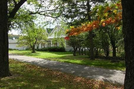 Detached at 4085 County 88 Rd, Bradford West Gwillimbury, Ontario. Image 12