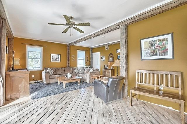 Detached at 4085 County 88 Rd, Bradford West Gwillimbury, Ontario. Image 6