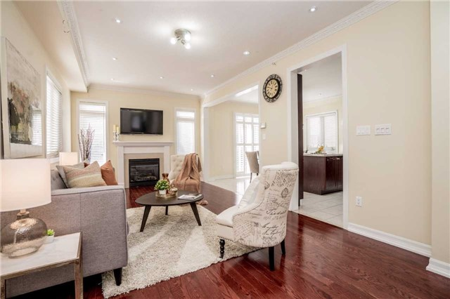 Detached at 121 Cabin Trail Cres, Whitchurch-Stouffville, Ontario. Image 18