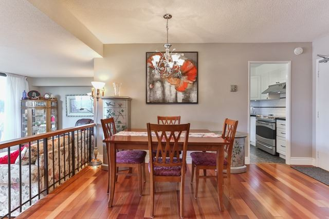 Condo Apartment at 50 Baif Blvd, Unit 604, Richmond Hill, Ontario. Image 10