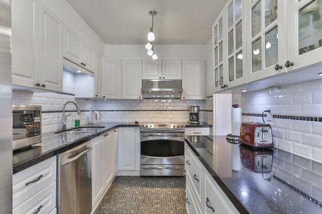 Condo Apartment at 50 Baif Blvd, Unit 604, Richmond Hill, Ontario. Image 16