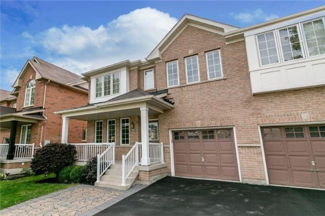 Semi-detached at 99 Gail Parks Cres, Newmarket, Ontario. Image 1