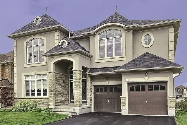 Detached at 82 Cosford St, Aurora, Ontario. Image 1