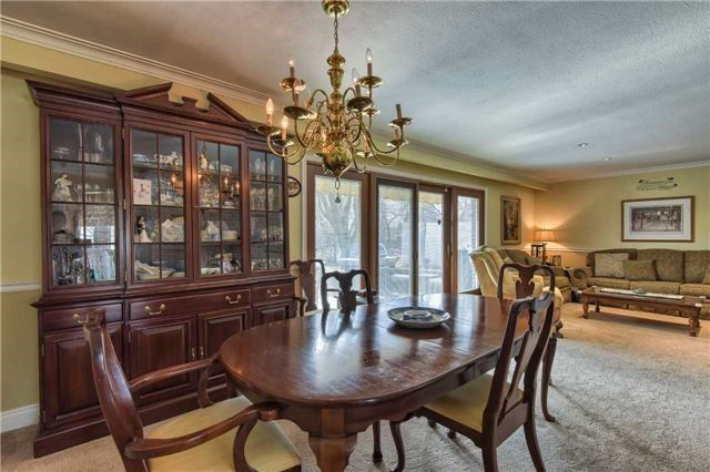 Detached at 63 Hillside Ave, Vaughan, Ontario. Image 3