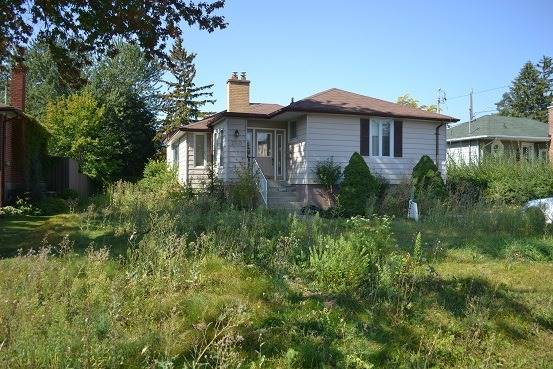 Detached at 260 Ruggles Ave, Richmond Hill, Ontario. Image 1