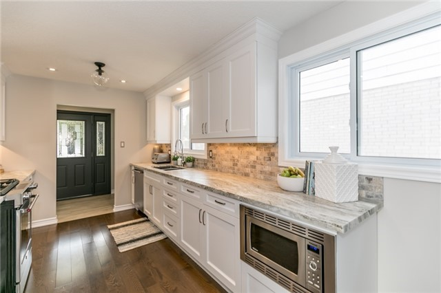 Detached at 42 Mitchell Ave, New Tecumseth, Ontario. Image 16