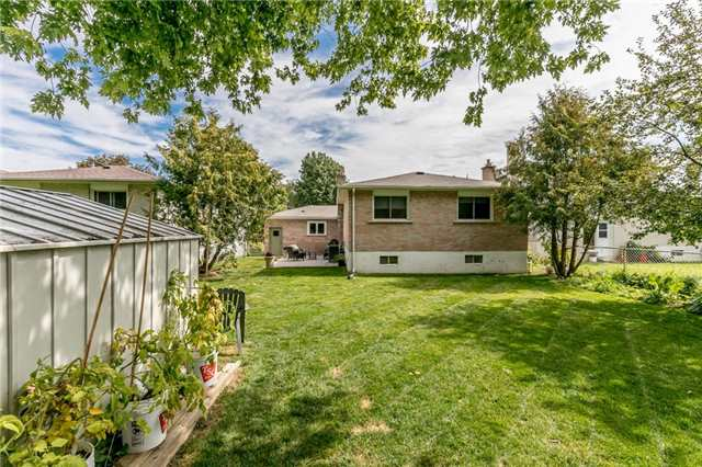 Detached at 42 Mitchell Ave, New Tecumseth, Ontario. Image 8