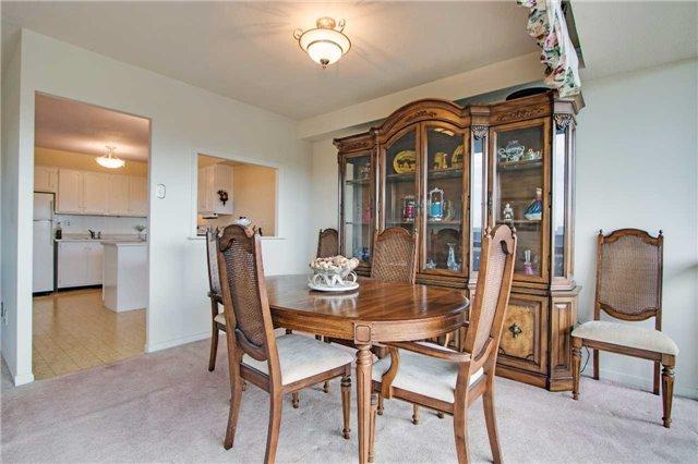 Condo Apartment at 8111 Yonge St, Unit 1002, Markham, Ontario. Image 20