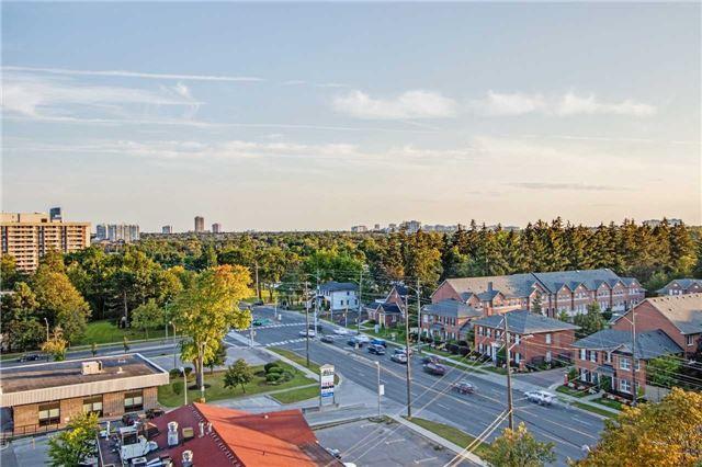Condo Apartment at 8111 Yonge St, Unit 1002, Markham, Ontario. Image 10