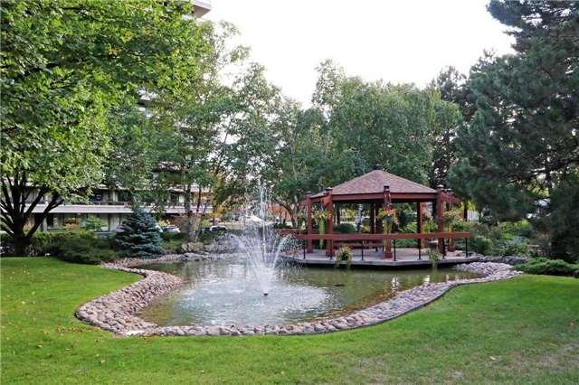 Condo Apartment at 8111 Yonge St, Unit 1002, Markham, Ontario. Image 13