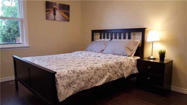 Detached at 307 Boisdale Ave, Richmond Hill, Ontario. Image 2