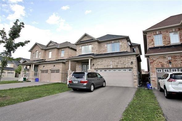 Detached at 63 Salix Ave, Whitchurch-Stouffville, Ontario. Image 1