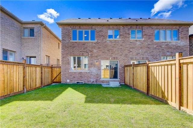 Semi-detached at 713 Yarfield Cres, Newmarket, Ontario. Image 14