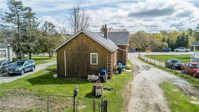 Detached at 19336 Holland Landing Rd, East Gwillimbury, Ontario. Image 6