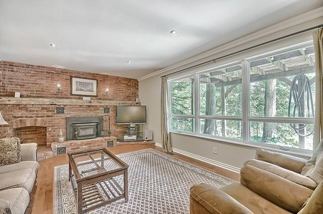 Detached at 18435 Kennedy  Rd, East Gwillimbury, Ontario. Image 6