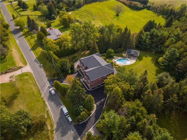 Detached at 219 Cavell Ave, King, Ontario. Image 12