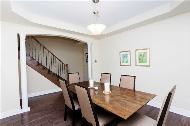 Townhouse at 42 Wells Orchard Cres, King, Ontario. Image 12