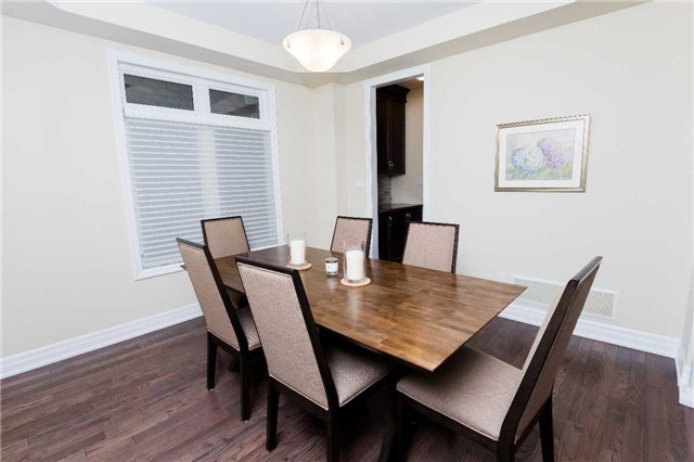 Townhouse at 42 Wells Orchard Cres, King, Ontario. Image 13
