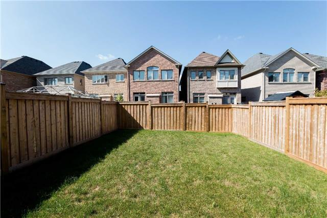 Townhouse at 42 Wells Orchard Cres, King, Ontario. Image 11