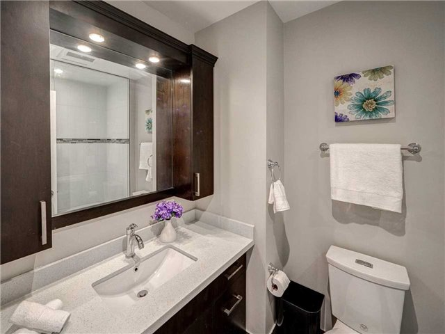 Link at 102 Clarion Cres, Markham, Ontario. Image 10