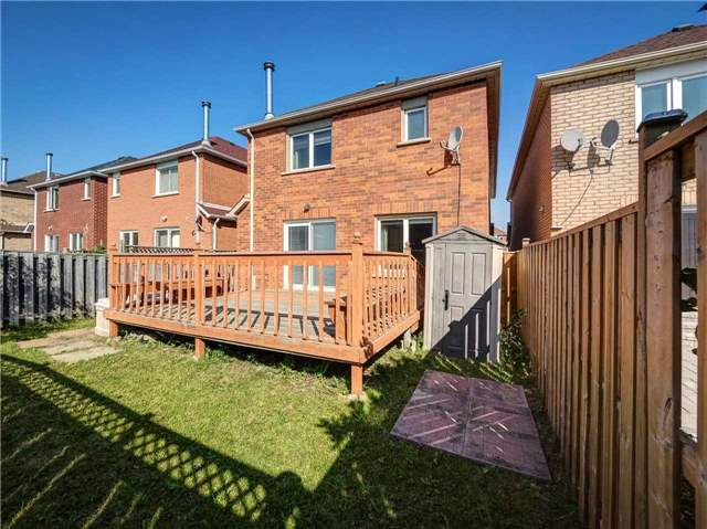 Link at 102 Clarion Cres, Markham, Ontario. Image 13