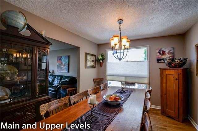 Detached at 377 Harewood Blvd, Newmarket, Ontario. Image 17