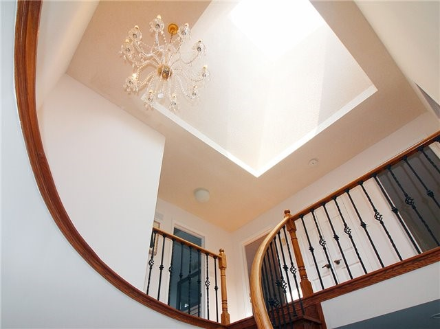 Detached at 1 Ritter Cres, Markham, Ontario. Image 15