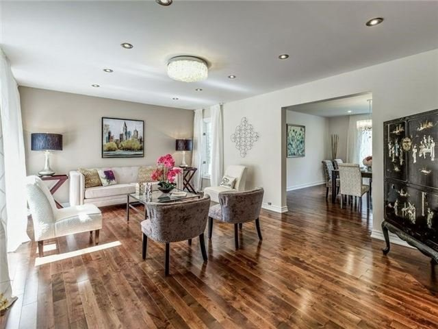 Detached at 1 Ritter Cres, Markham, Ontario. Image 17