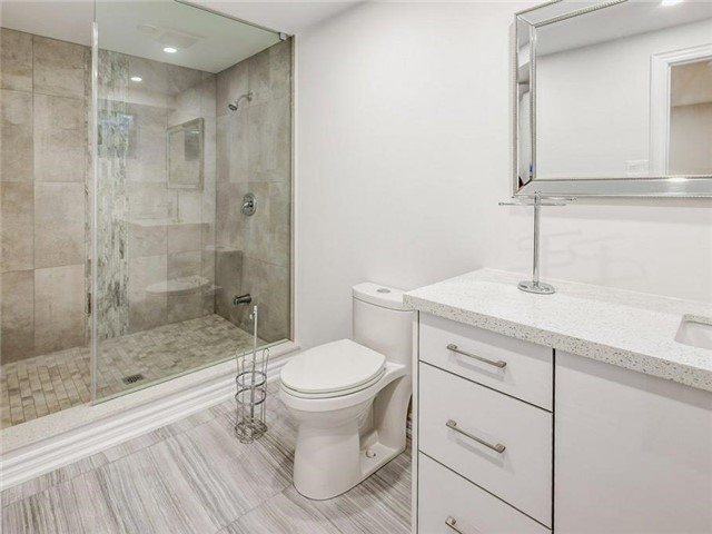 Detached at 1 Ritter Cres, Markham, Ontario. Image 11