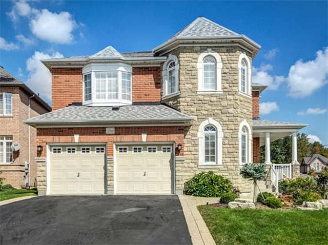 Detached at 158 Jefferson Forest Dr, Richmond Hill, Ontario. Image 1