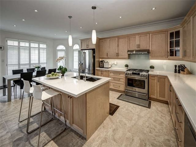 Detached at 158 Jefferson Forest Dr, Richmond Hill, Ontario. Image 19
