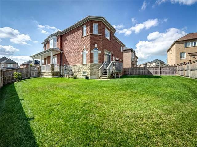 Detached at 158 Jefferson Forest Dr, Richmond Hill, Ontario. Image 13