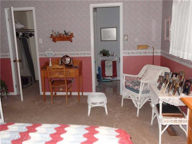 Condo Townhouse at 51 Adams Crt, Uxbridge, Ontario. Image 5