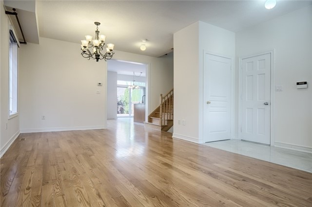 Link at 59 Cider Cres, Richmond Hill, Ontario. Image 10