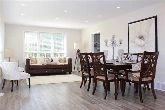 Detached at 222 Norfolk Ave, Richmond Hill, Ontario. Image 9
