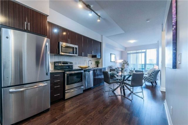 Condo Apartment at 7171 Yonge St, Unit 1609, Markham, Ontario. Image 18