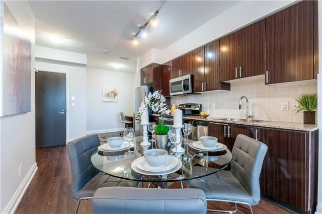 Condo Apartment at 7171 Yonge St, Unit 1609, Markham, Ontario. Image 19