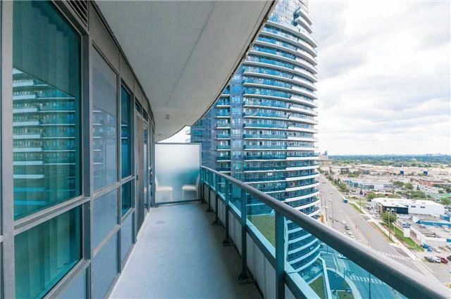 Condo Apartment at 7171 Yonge St, Unit 1609, Markham, Ontario. Image 8