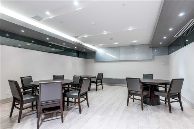 Condo Apartment at 7171 Yonge St, Unit 1609, Markham, Ontario. Image 10