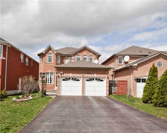 Detached at 8 Grover Hill Ave, Richmond Hill, Ontario. Image 1
