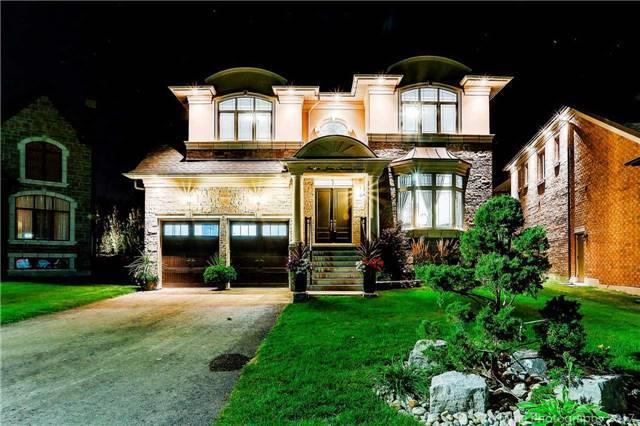 Detached at 14 John Tanner Crt, King, Ontario. Image 11