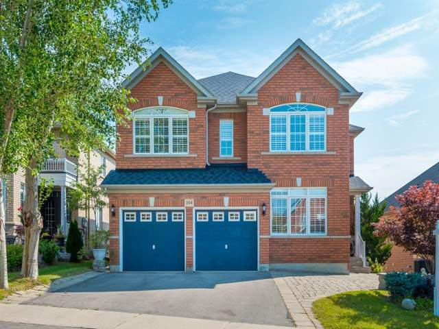Detached at 204 Jefferson Forest Dr, Richmond Hill, Ontario. Image 1